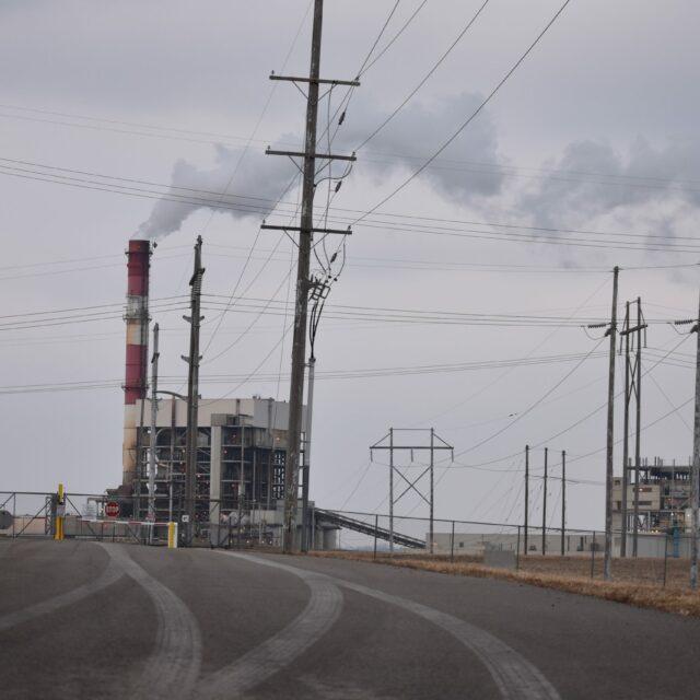 Evergy to shutter Kansas coal plant, speed transition to renewable energy