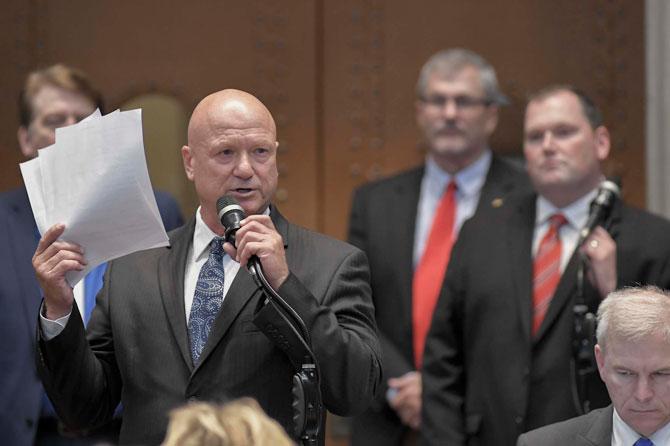Opponents scuttle effort to add benefit limits to Missouri unemployment debt bill
